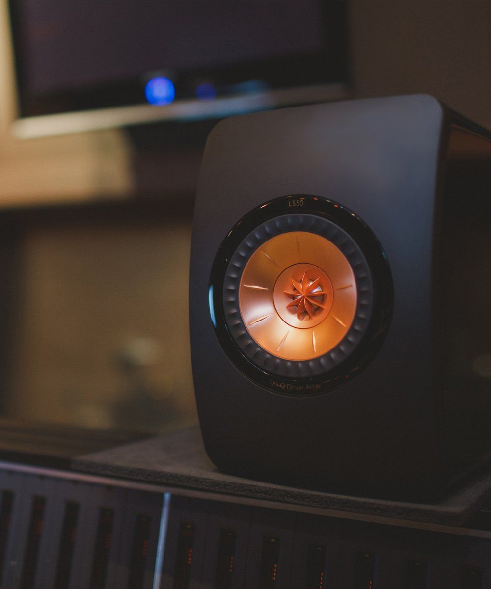 KEF LS50 Gloss Black Studio Shot