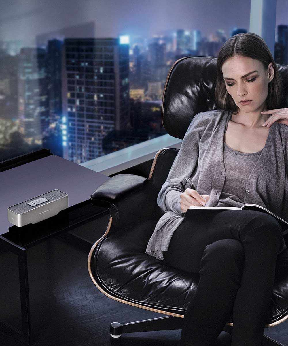 KEF Porsche Design Gravity One Girl